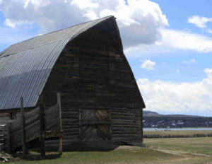 Fetcher Barn near Steamboat Lake